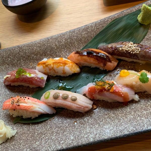 مطعم فاخر، مزيج من الطعام البيروڤي والياباني. كميات الاكل صغيرة جدا وهي للمشاركة، جميل مع مجموعة من ٣ افراد او اكثر.