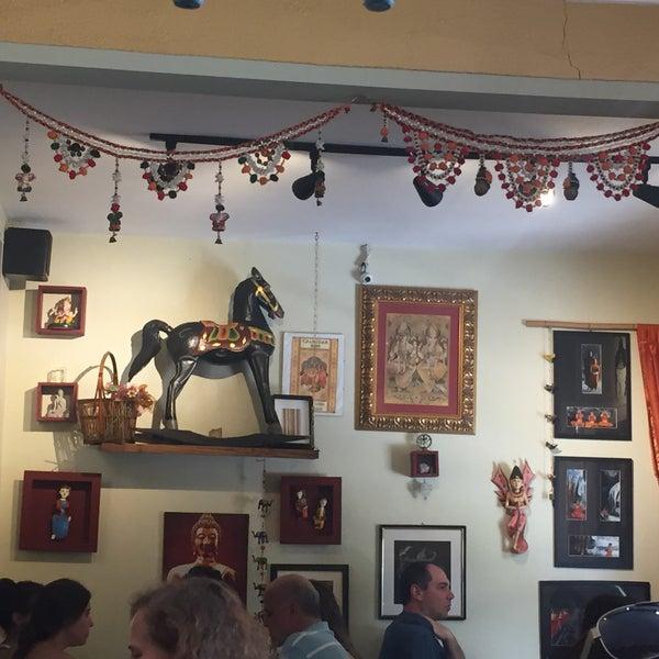 Foto diambil di Café Ambrosio oleh Ana S. pada 12/17/2016