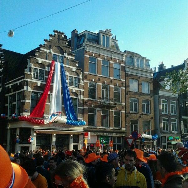 Foto tomada en Amstel 54 por Cindy v. el 4/30/2013