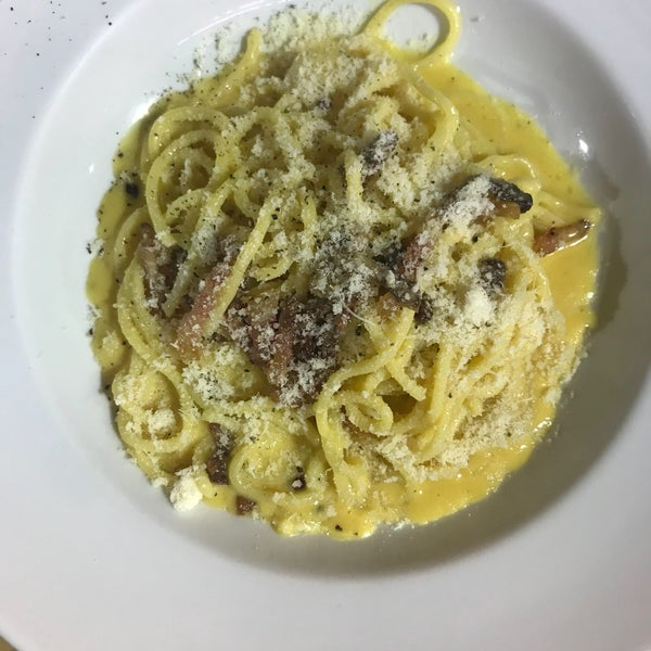 Foto tirada no(a) Matteo Cucina Italiana por Where Julia eats em 4/4/2018