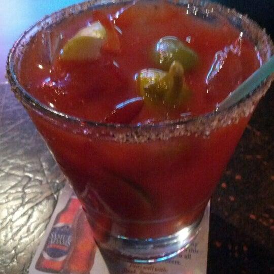 รูปภาพถ่ายที่ Park Tavern Bowling & Entertainment โดย Joe W. เมื่อ 8/26/2012