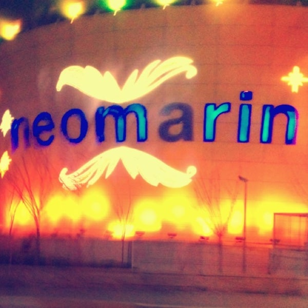 Foto diambil di Neomarin oleh Çiğdem K. pada 3/19/2013