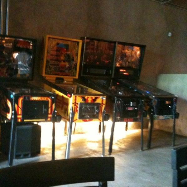 3/3/2013 tarihinde Bia V.ziyaretçi tarafından Rock 'n' Roll Burger'de çekilen fotoğraf