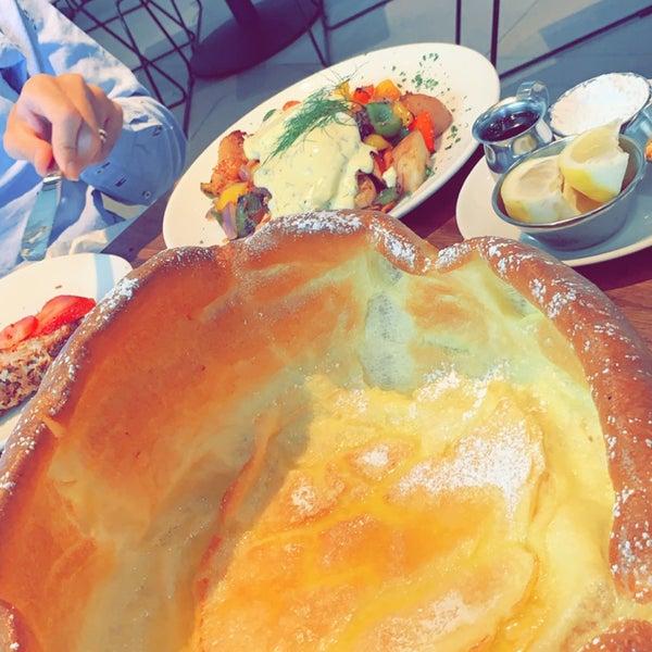 8/22/2019 tarihinde Sara .ziyaretçi tarafından Plums Cafe and Catering'de çekilen fotoğraf