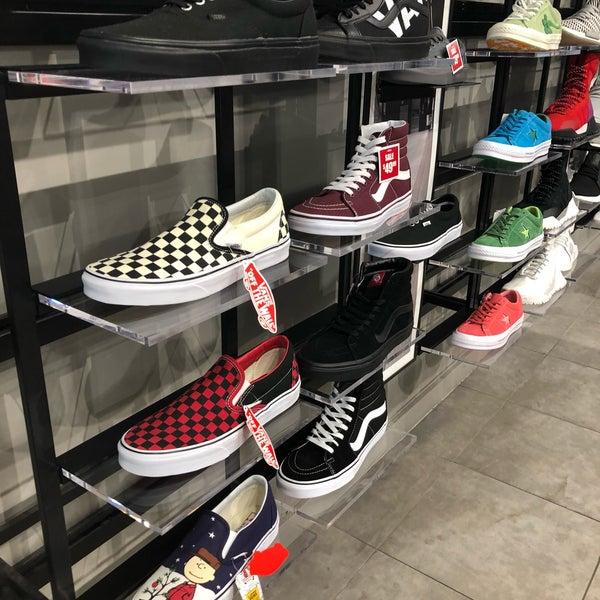 shiekh shoe store near me