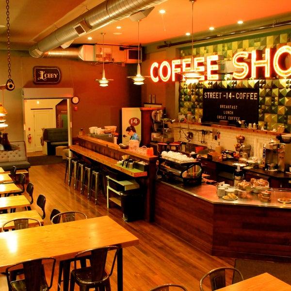 Foto diambil di Street 14 Cafe oleh Street 14 Cafe pada 2/11/2014
