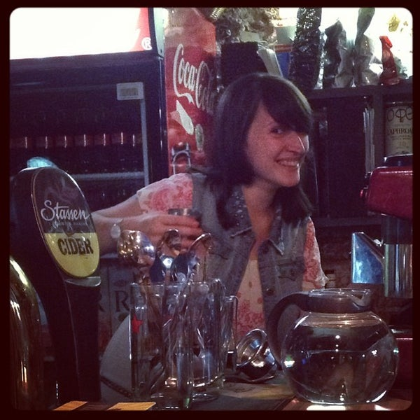 7/10/2013 tarihinde Timur I.ziyaretçi tarafından Thistle Pub'de çekilen fotoğraf