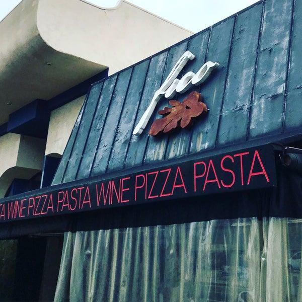 Foto scattata a Pizzeria Il Fico da Glitterati Tours il 9/14/2019