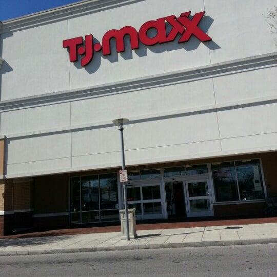a3b18160b294 T.J. Maxx - Department Store