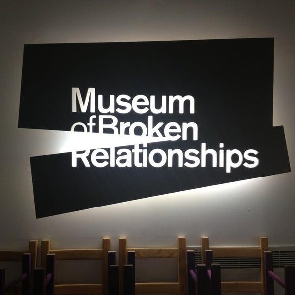 2/4/2013 tarihinde Iva A.ziyaretçi tarafından Muzej prekinutih veza | Museum of Broken Relationships'de çekilen fotoğraf