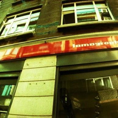 Photo prise au Lomography Embassy Store Istanbul par Lomography Embassy Store Istanbul le1/3/2014