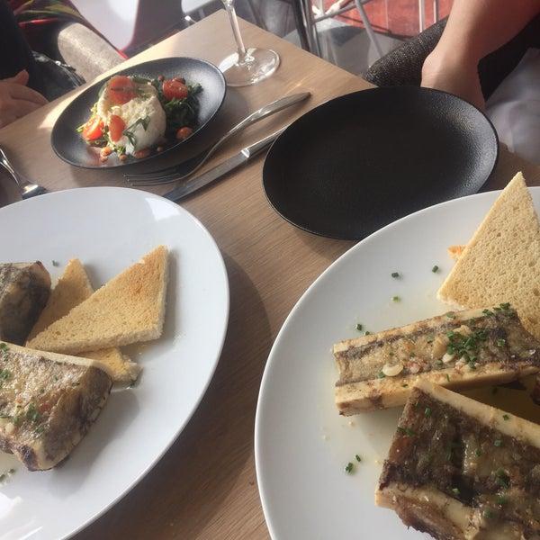 Photo prise au La Cuisine du BelRive par Jacques G. le3/23/2017