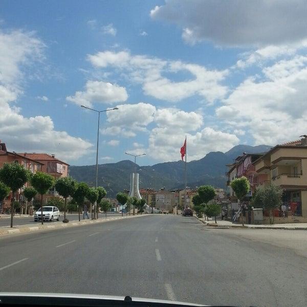 7/1/2013 tarihinde Huriye O.ziyaretçi tarafından Albayrak Meydanı'de çekilen fotoğraf