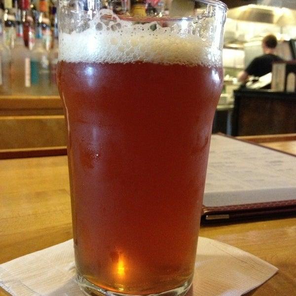 5/16/2013에 Adam P.님이 Outer Banks Brewing Station에서 찍은 사진