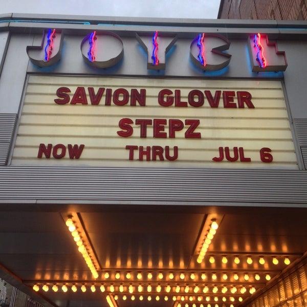 Photo prise au The Joyce Theater par Matt F. le6/18/2013
