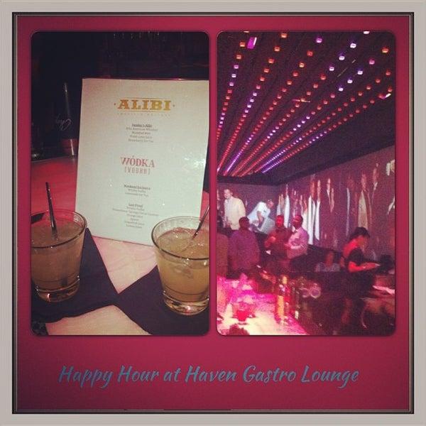 Foto tomada en HaVen Gastro-Lounge por In The Scene MIAMI el 2/16/2013