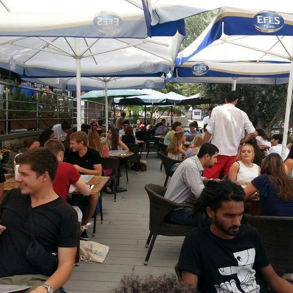 9/20/2013 tarihinde Caner Ö.ziyaretçi tarafından Mint Restaurant & Bar'de çekilen fotoğraf