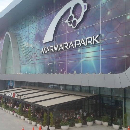 Снимок сделан в Marmara Park пользователем ☘️👀YEŞİL👀☘️ 6/30/2013
