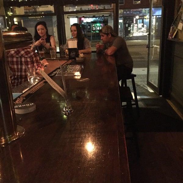 6/24/2015에 Nate F.님이 The Monro Pub에서 찍은 사진
