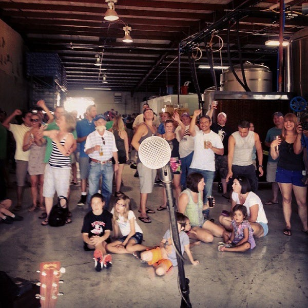 Photo taken at Martin House Brewing Company by Beer P. on 8/26/2013