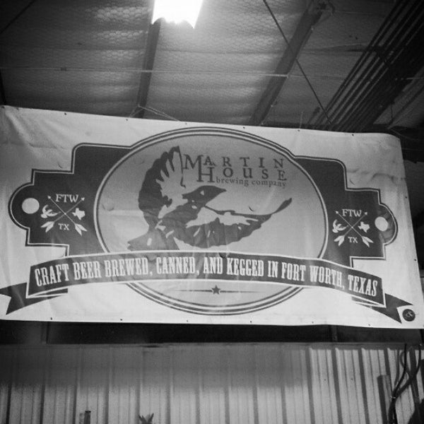 Photo taken at Martin House Brewing Company by Beer P. on 11/13/2013