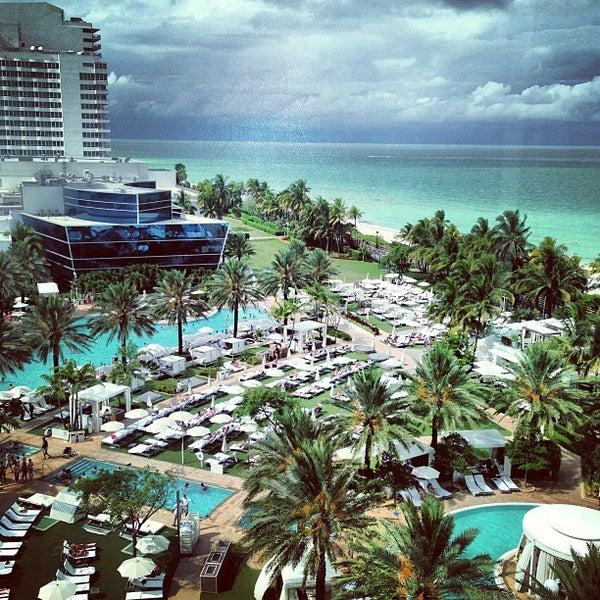 Photo prise au Fontainebleau Miami Beach par y c. le6/1/2013