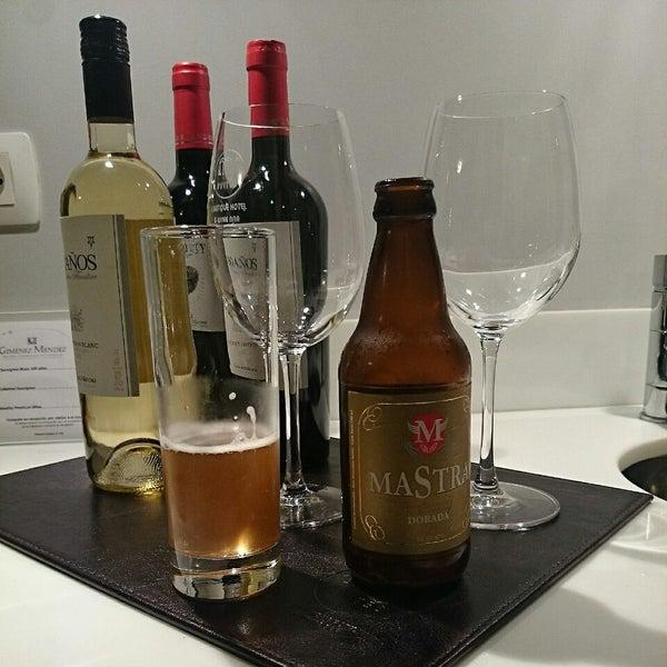 Foto diambil di My Suites Boutique Hotel & Wine Bar Montevideo oleh Pablo G. pada 6/29/2014