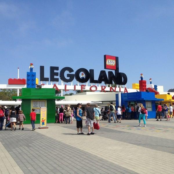 Foto tirada no(a) Legoland California por Melissa S. em 4/21/2013