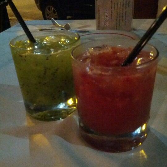 Photo prise au Monduba Restaurante par Valentina M. le10/28/2012