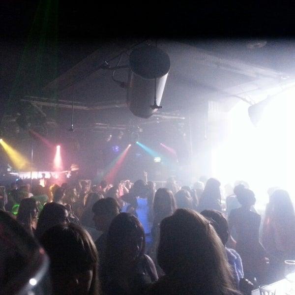 Клуб акула иркутск ночной платья ночной клуб