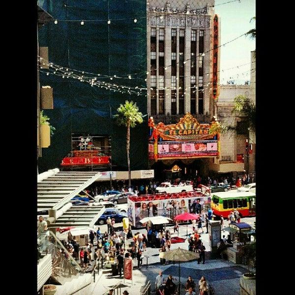 รูปภาพถ่ายที่ Hollywood & Highland Center โดย Cherry T. เมื่อ 9/18/2012
