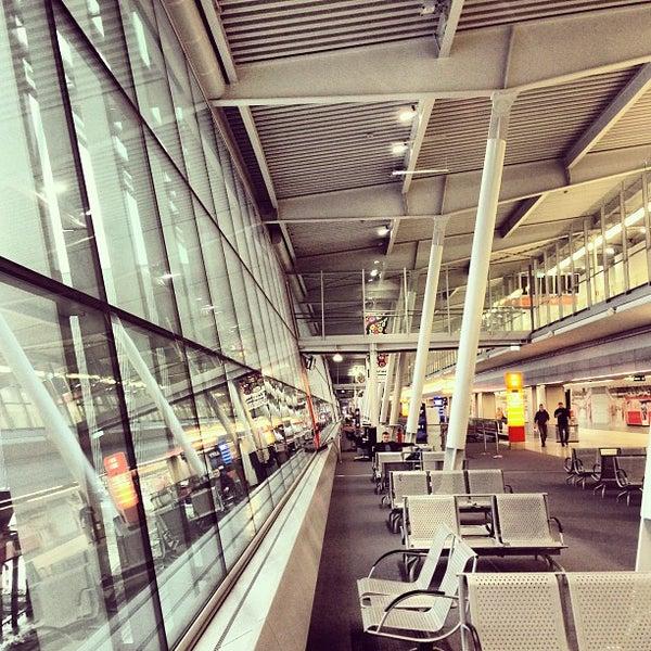 4/1/2013에 Raul A.님이 바르샤바 쇼팽 공항 (WAW)에서 찍은 사진