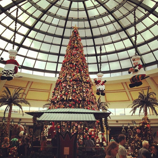 Das Foto wurde bei Shopping Iguatemi von Anderson C. am 11/16/2012 aufgenommen
