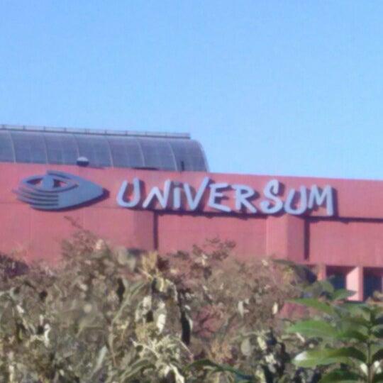 รูปภาพถ่ายที่ Universum, Museo de las Ciencias โดย Alejandra R. เมื่อ 2/11/2013