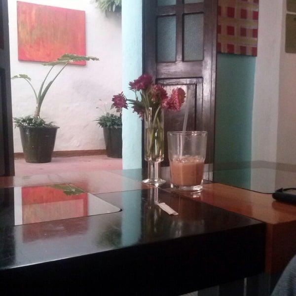 Foto tomada en Café Jaguar Yuú por Carlos A. el 2/16/2013