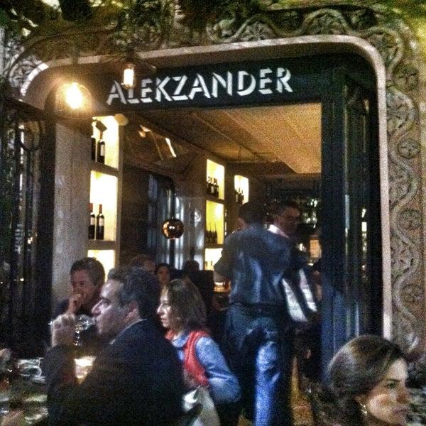 Photo prise au Alekzander par Araiz A. le4/28/2013