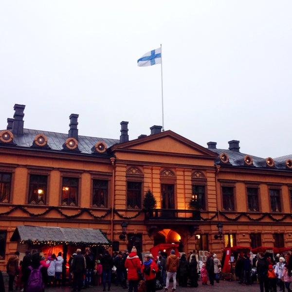 Foto scattata a Vanhan Suurtorin Joulumarkkinat da Suvi K. il 12/13/2014
