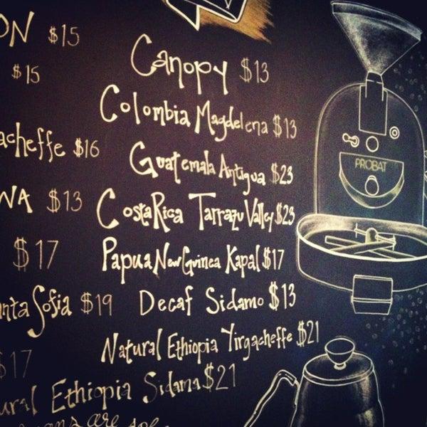 Foto tirada no(a) Bow Truss Coffee por Jordan Y. em 3/27/2013