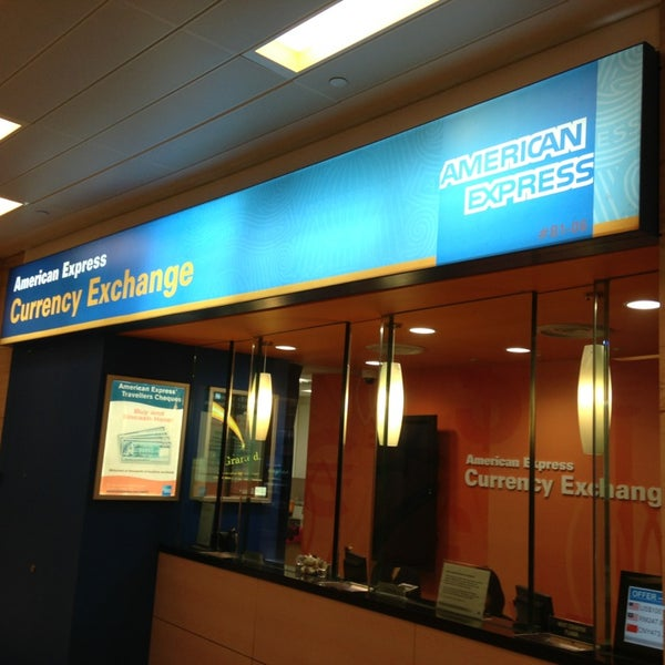 Photo Taken At American Express Currency Exchange Citylink Mall By Taku 目 On 7