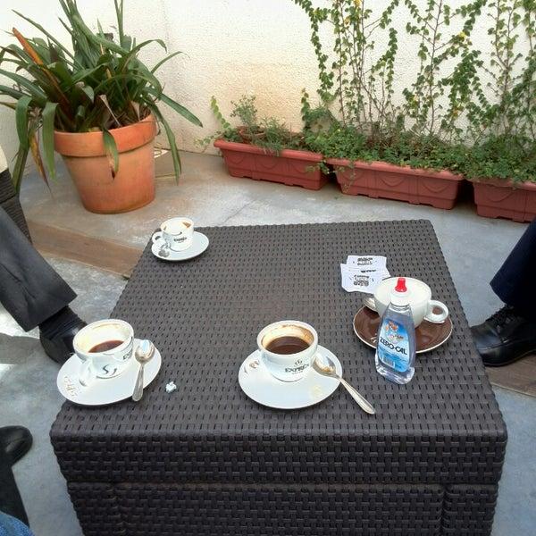 รูปภาพถ่ายที่ Exprèx Caffè โดย Fabiam F. เมื่อ 4/7/2014