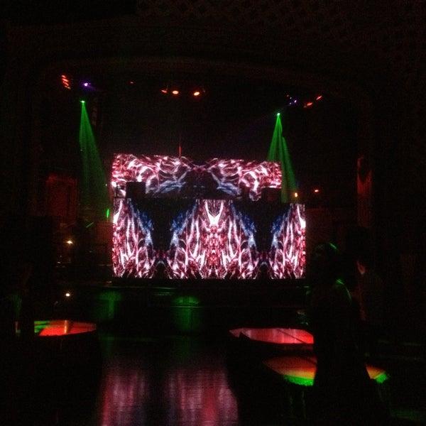 Photo prise au Opera Nightclub par Emma A. le6/9/2013