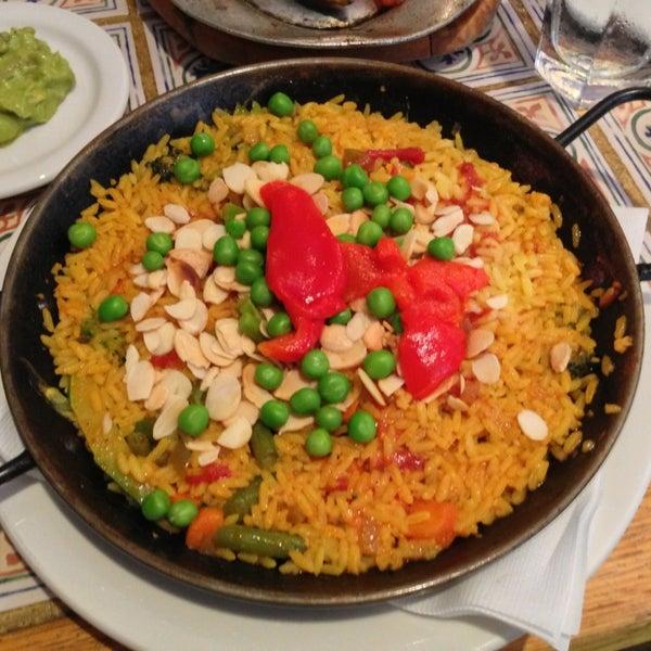 6/16/2013 tarihinde Derek S.ziyaretçi tarafından Tio Pepe Restaurant'de çekilen fotoğraf