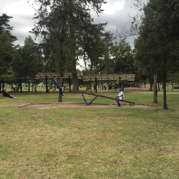 Foto diambil di Parque El Ejido oleh Richie S. pada 7/29/2015