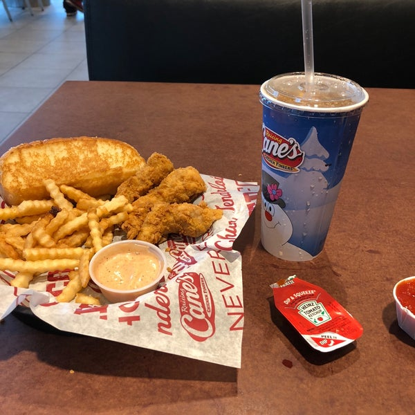Photos At Raising Canes Chicken Fingers Cuf 5 Tips From 148