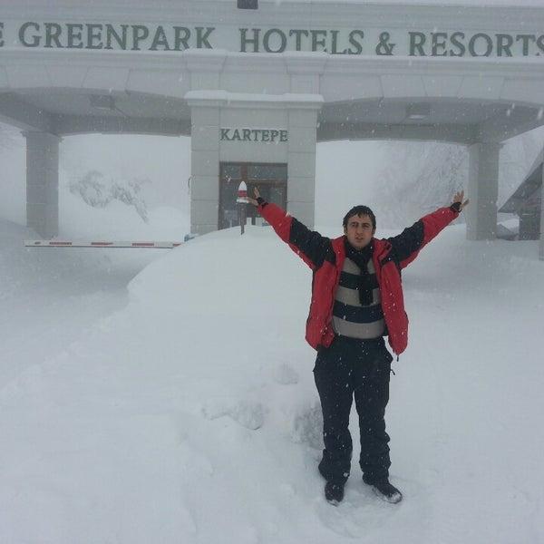 รูปภาพถ่ายที่ The Green Park Kartepe Resort & Spa โดย Murat S. เมื่อ 2/22/2013