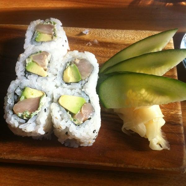 Wakamono - Sushi Restaurant in Lake View East