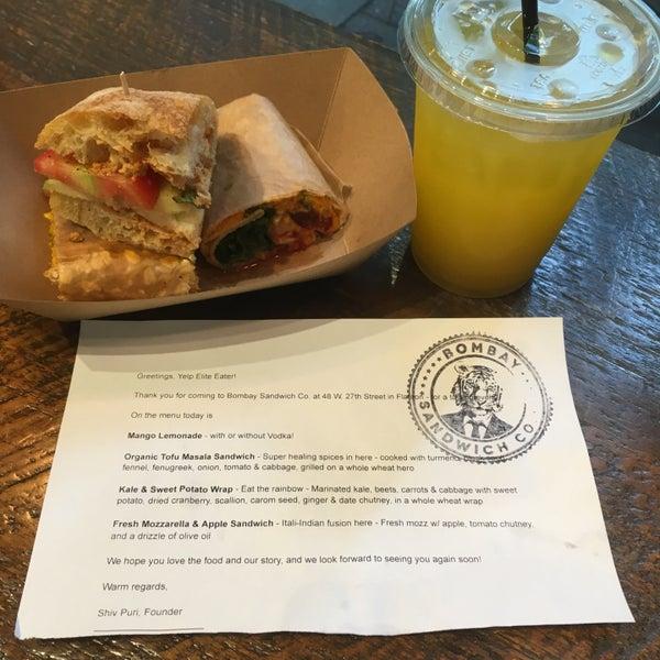 รูปภาพถ่ายที่ Bombay Sandwich Co. โดย Caitlin C. เมื่อ 6/1/2018