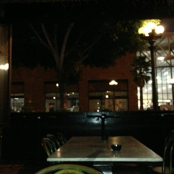 3/8/2013에 Frank S.님이 Salvage Bar & Lounge에서 찍은 사진