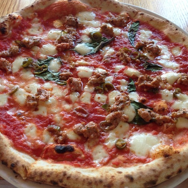 Photo prise au Pizzeria Libretto par Chuck K. le7/20/2013