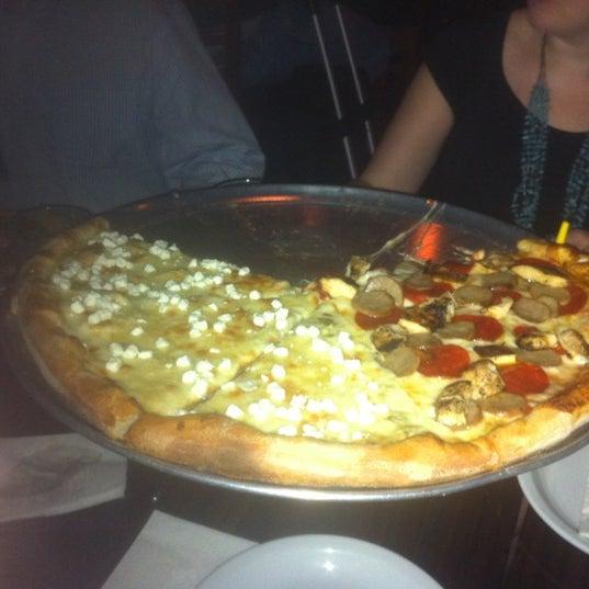 Foto scattata a The Pizza Pub da Alex D. il 10/10/2012